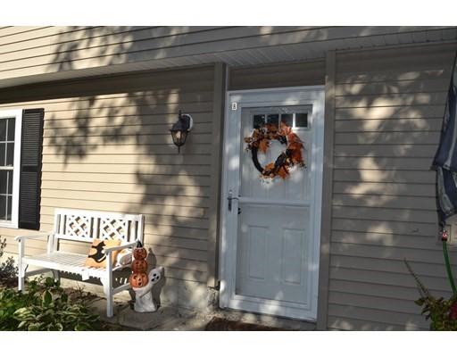 40 Brooks St, Worcester, Massachusetts, MA 01606, 2 Bedrooms Bedrooms, 5 Rooms Rooms,Residential Rental,For Rent,4951196