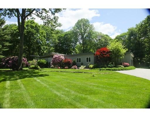 19 Sterling Dr, Dover, Massachusetts, MA 02030, 4 Bedrooms Bedrooms, 9 Rooms Rooms,3 BathroomsBathrooms,Single Family,For Sale,4951338