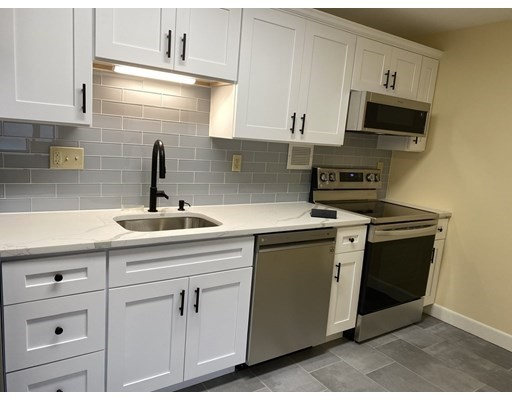 114 Pleasant St, Arlington, Massachusetts, MA 02476, 1 Bedroom Bedrooms, 3 Rooms Rooms,Residential Rental,For Rent,4951202
