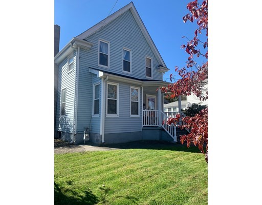 96 Spruce St, Milford, Massachusetts, MA 01757, 4 Bedrooms Bedrooms, 8 Rooms Rooms,2 BathroomsBathrooms,Single Family,For Sale,4951506