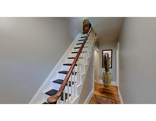 333 Dorchester St, Boston, Massachusetts, MA 02127, 5 Bedrooms Bedrooms, 10 Rooms Rooms,1 BathroomBathrooms,Single Family,For Sale,4951512