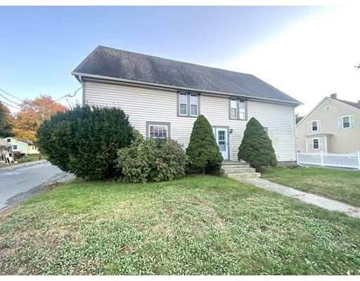 40 W Hartford Ave, Uxbridge, Massachusetts, MA 01569, 2 Bedrooms Bedrooms, 5 Rooms Rooms,Condos,For Sale,4951632