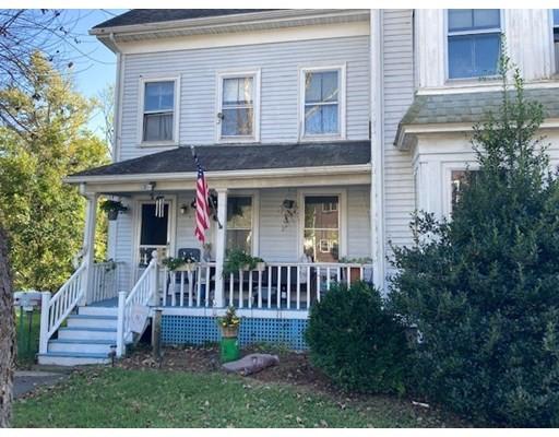 16 Burroughs St, Danvers, Massachusetts, MA 01923, 3 Bedrooms Bedrooms, 5 Rooms Rooms,Residential Rental,For Rent,4951573
