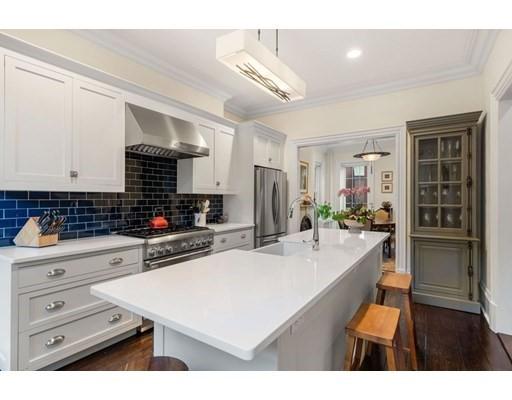 1 Harvard Place, Boston, Massachusetts, MA 02129, 4 Bedrooms Bedrooms, 10 Rooms Rooms,3 BathroomsBathrooms,Multi-family,For Sale,4951933