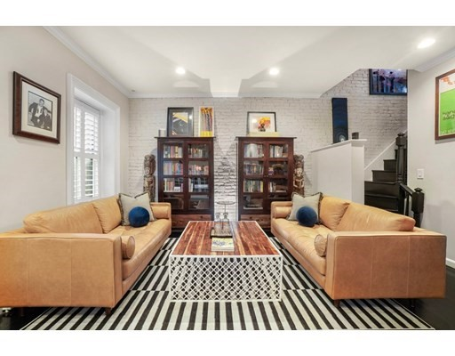 49 Union Park, Boston, Massachusetts, MA 02118, 2 Bedrooms Bedrooms, 6 Rooms Rooms,Condos,For Sale,4952176