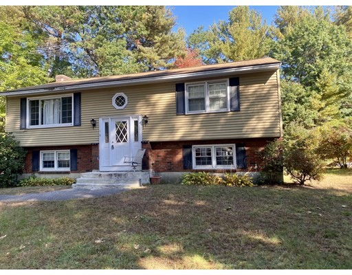 16 Peabody Rd, Shirley, Massachusetts, MA 01464, 3 Bedrooms Bedrooms, 5 Rooms Rooms,1 BathroomBathrooms,Single Family,For Sale,4952439