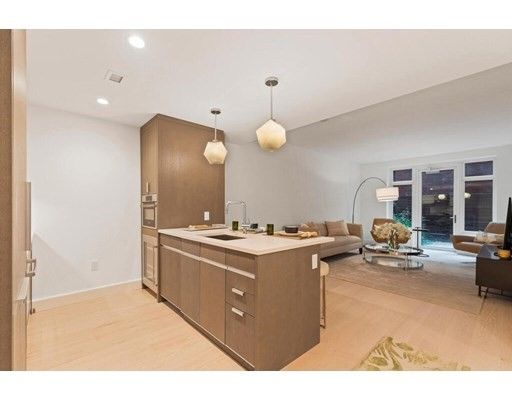 100 Lovejoy Place, Boston, Massachusetts, MA 02114, 2 Bedrooms Bedrooms, 4 Rooms Rooms,Residential Rental,For Rent,4952232