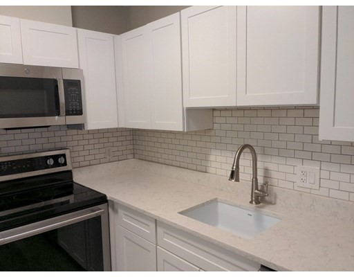 245 Sea St, Quincy, Massachusetts, MA 02169, 2 Bedrooms Bedrooms, 4 Rooms Rooms,Residential Rental,For Rent,4952243