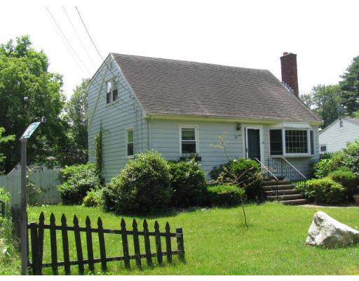 Lou hrono laer realty partners for Exterior painting wilmington ma