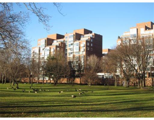 975 Memorial Drive, Cambridge, MA 02138
