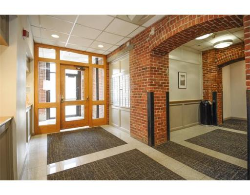 320 W. 2nd Street, Unit 312, Boston, MA 02127