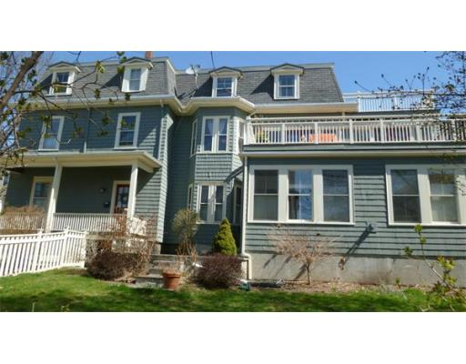 30 Monmouth Street, Somerville, MA 02143
