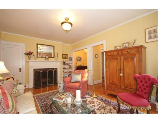 52 Garden St, Cambridge, MA 02138