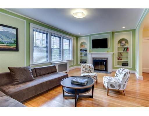 403 Washington St, Brookline, MA 02446