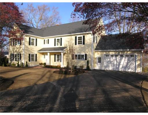 8 Old Middlesex Path, Arlington, MA