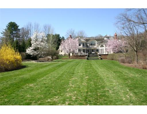 85 Chestnut Street, Weston, MA