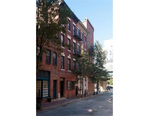96 W Cedar St, Boston, MA 02114