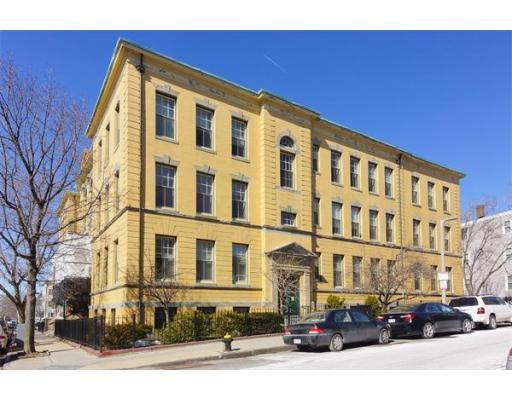 350 W 4th St, Boston, MA 02127