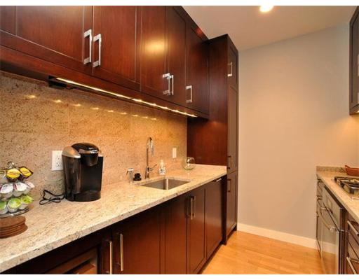 400 Stuart Street, Unit 16A, Boston, MA 02116
