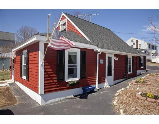 22 Rockview Road, Hull, MA