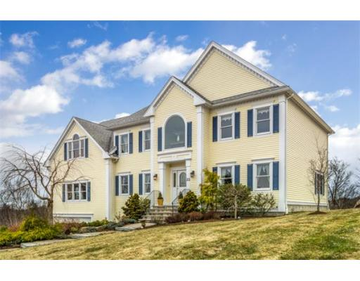 22 Upland Road, Wakefield, MA