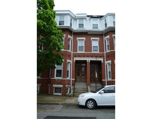689 E 8th St, Boston, MA 02127