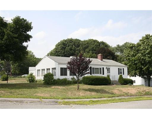 30 Meadowbrook Road, Hudson, MA