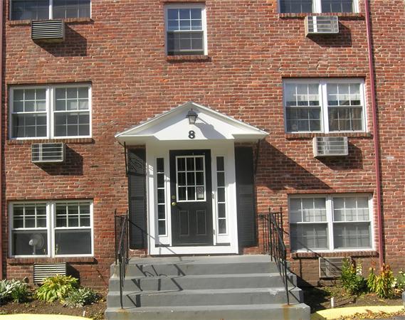 8 Colonial Village, Arlington MA