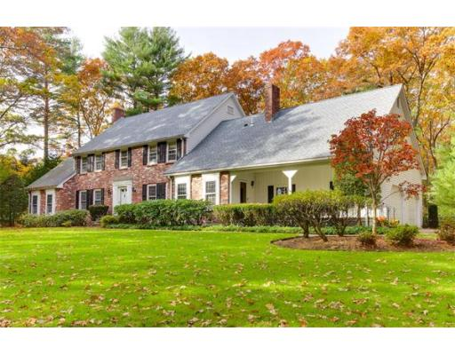 4 Donnelly Drive, Dover, MA