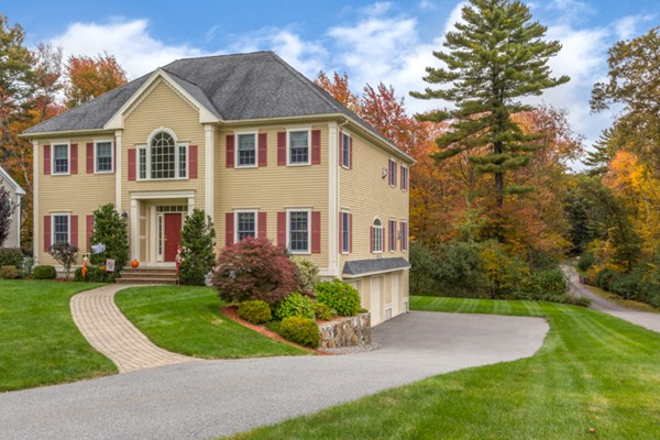 10 VALLEY Road North Reading MA 01864
