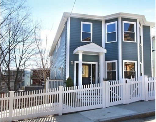 10 Salcombe Street, Boston, MA 02125