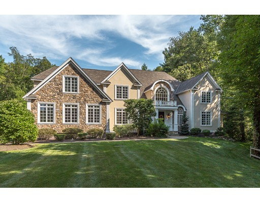25 High Meadow Rd, Wrentham, MA