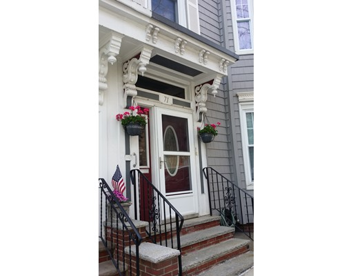 71 Old Harbor St, Boston, MA 02127