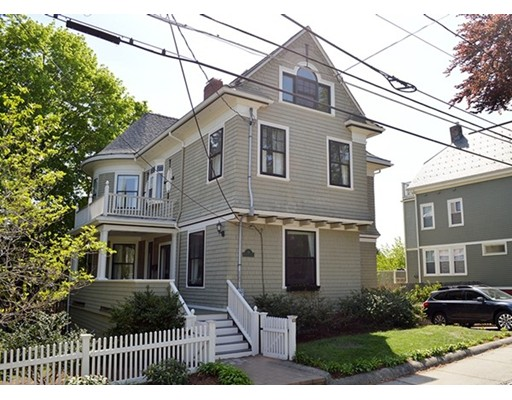 10 Monmouth Street, Somerville, MA