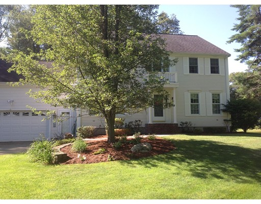 10 Old Country Lane Abington MA 02351