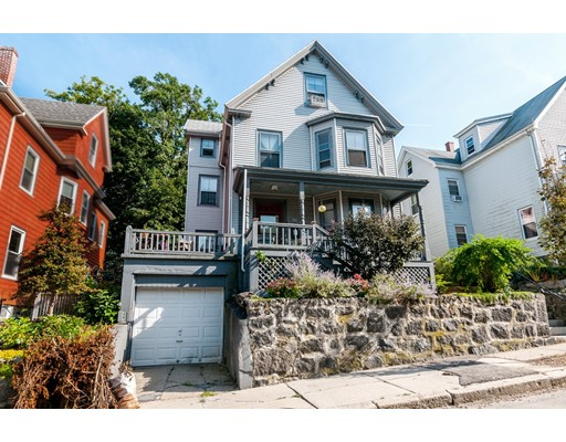 89 Wenham St, Boston, MA 02130