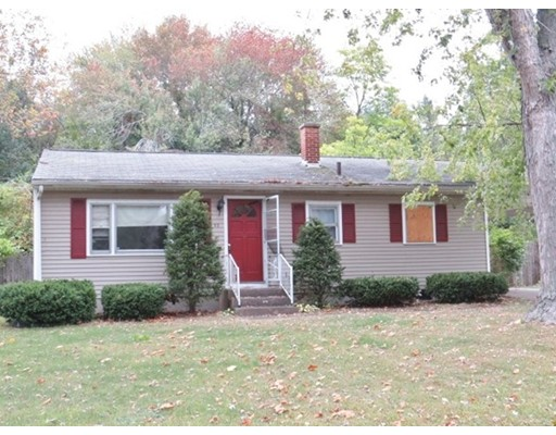 32 Scarsdale Road, Springfield, MA