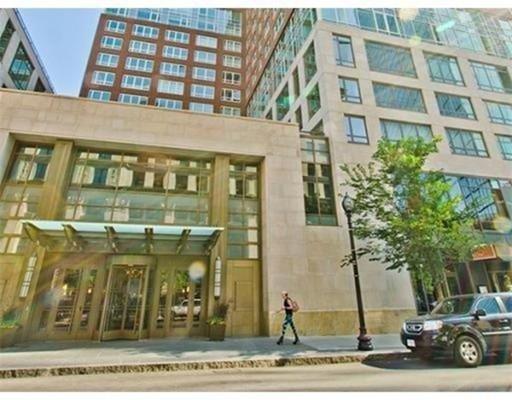 400 Stuart Street, Unit 30B, Boston, MA 02116