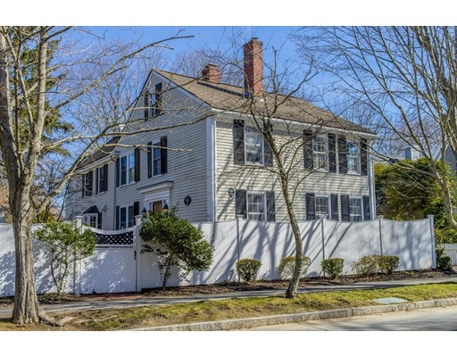 35 Pleasant Street, Manchester, MA