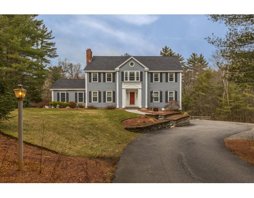 2 CHEYENNE Drive, North Reading, MA