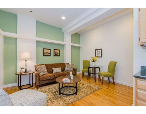 33 Summer Street, Unit 1, Somerville, MA 02143