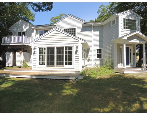 Photo of 7 Oaklawn Ave. Mattapoisett MA 02739