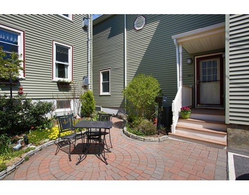 14 Granite St, Somerville, MA 02143