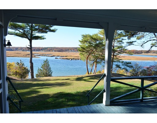 56 Thurston Point Road, Gloucester, MA 01930