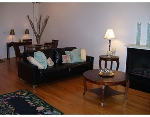 Condominium/Co-Op for sale in 38 Melrose St South End, Boston, Suffolk