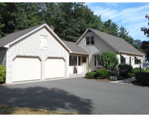 42 Brentwood Drive, Westfield, MA