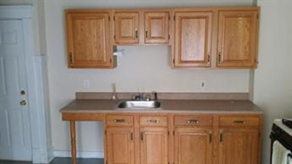 Rental for Kitchen cabinets 01089