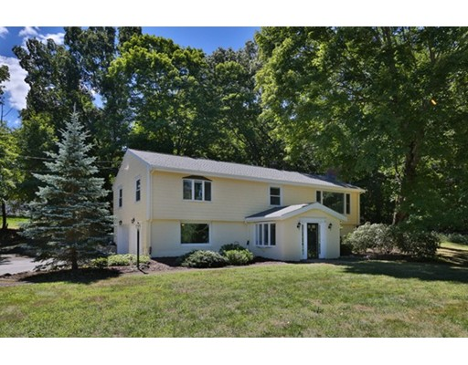 2 Meadowbrook Road, Dover, MA