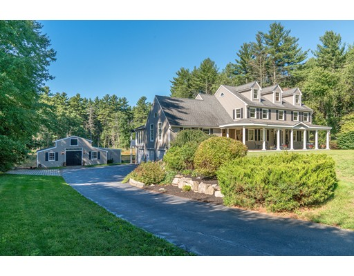 4 Autumn Leaf Ln, Westford, MA