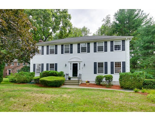30 Eisenhower Circle, Wellesley, MA